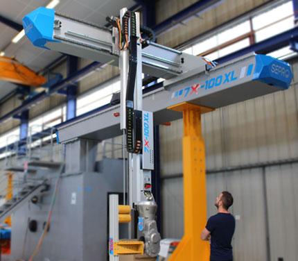 Robô 7X 100XL do Grupo Sepro a ser apresentado na K 2016 - espera-se que seja o maior em exibição na feira
